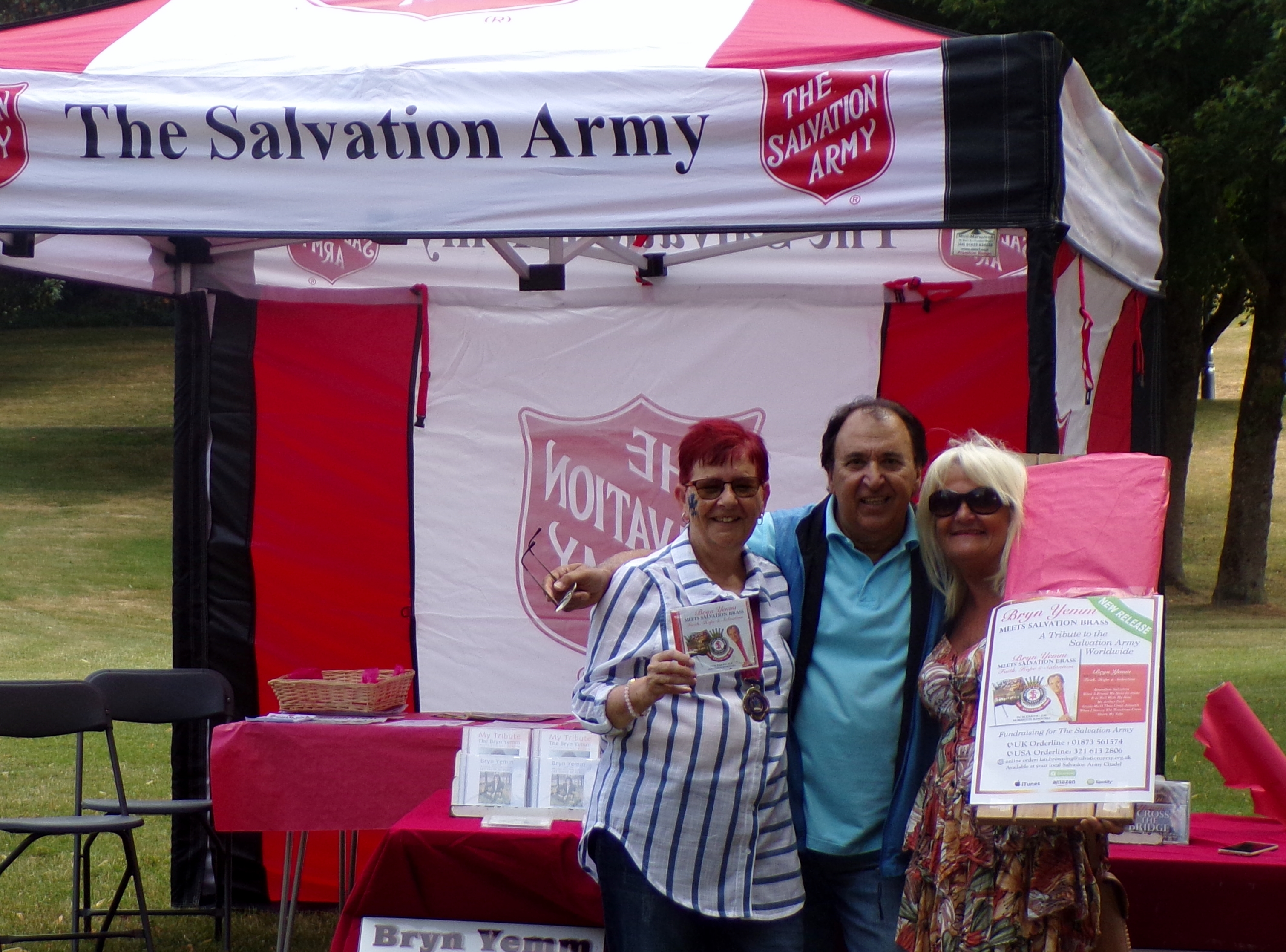 chair matthews and cllr james at the salvation army stand