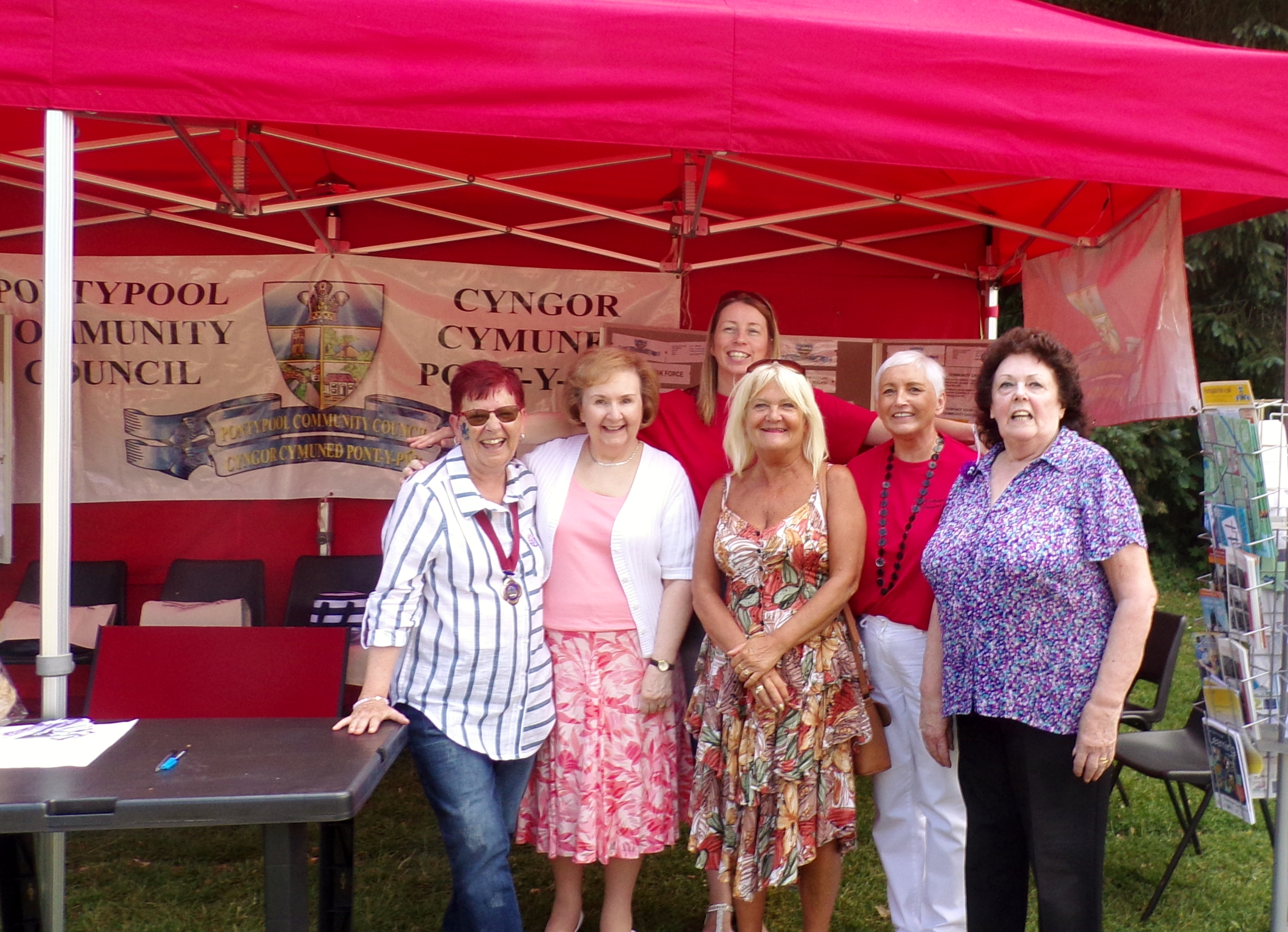 pontypool community council stand